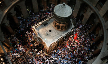 A virtual visit to the Church of the Holy Sepulchre provided by the National Geographic Museum with the help of Virtual Reality