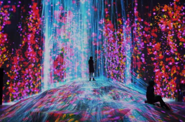 """Opening """"Borderless"""" at DIGITAL ART MUSEUM @ Mori Building Digital Art Museum"""